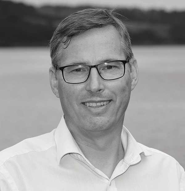 Anders B Mikkelsen